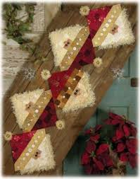 62 best table runners images on pinterest christmas ideas