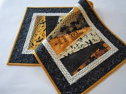 halloween table runner quilted u2013 patchwork mountain