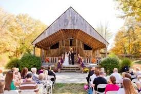 cheap wedding venues indianapolis avon wedding barn indiana indianapolis barn wedding venues