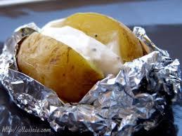 pomme de terre en robe de chambre au four recette pomme de terre en robe de chambre sauce crémeuse