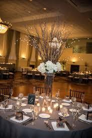 Long Vase Centerpieces by Best 20 White Flower Centerpieces Ideas On Pinterest White