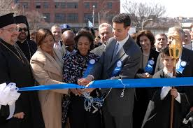 parade ribbon file sarbanes and dixon cutting ribbon at 2007 baltimore