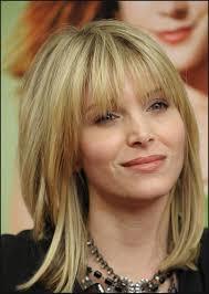 medium haircuts for an oval face women medium haircut