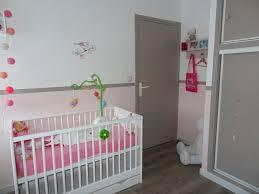 idée déco pour chambre bébé fille chambre idee de chambre bebe fille stickers arbre blanc chambre