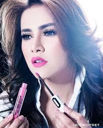 Lipstik Zaskia Adya Mecca merek lip ini buatan artis indonesia lho