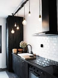 carrelage cuisine noir et blanc cuisines deco cuisine noir blanc idées de décoration avec du