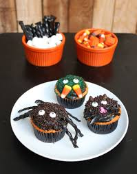 Halloween Cupcakes by Creepy Halloween Cupcakes 52 Kitchen Adventures