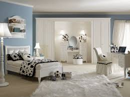 Unique Bedroom Furniture For Teenagers Dazzling Decorating Ideas Using Rectangular Brown Wooden Headboard