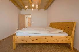 Schlafzimmer Zirbenholz Kaufen Zirbenholz Zuhause Schlafen Wie Im Luxus Spa