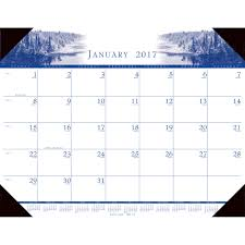 house of doolittle 140hd recycled illustrated desk pad calendar