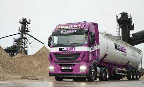 new iveco stralis hi way delivers the goods at arclid transport