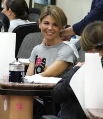lori loughlin photos photos lori loughlin at a nail salon in