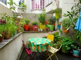 Vertical Garden For Balcony - the joy of a balcony 16 ideas for your little slice of the sky