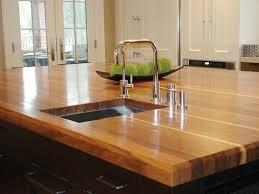 plan travail cuisine bois plan travail cuisine trucs et astuces pour l adapter le mieux à