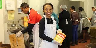 hosea helps volunteers serve thousands thanksgiving meals 90 1