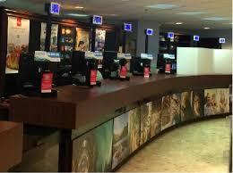 bureau du tourisme montreal l office de tourisme de montréal accueille ses visiteurs avec les