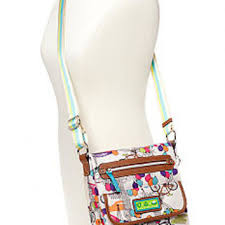 lilly bloom bloom tablet crossbody bag from belk things i want