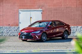 nissan altima 2015 vs toyota camry 2015 first drive 2015 toyota camry xse v6 six speed blog