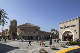 5 reasons to shop at las americas premium outlets shopping