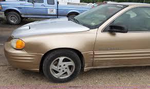 1999 pontiac grand am se item bg9023 sold july 6 vehicl