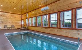 7 bedroom cabins in gatlinburg tn 7 bedroom cabins in the smoky mountains timber tops cabin rentals