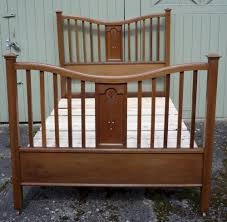 Arts And Crafts Inlaid Double Bed In Golden Oak Antiques Atlas - Arts and craft bedroom furniture