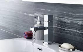 bathroom shower suites showers baths plumbing en suite
