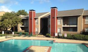 2 bedroom apartments arlington tx place on the park apartments arlington tx walk score