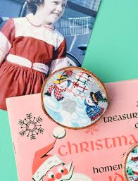 The Ultimate Retro Christmas Guide by Wood Slice Vintage Christmas Card Magnets Mod Podge Rocks