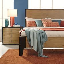 Bedroom Furniture Naples Fl by Hgtv Home Furniture Collection Voyage Queen Size Panel Bed