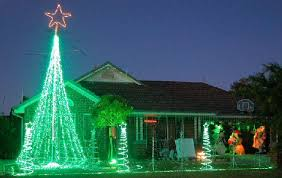 green outdoor christmas lights red and green outdoor christmas lights or by green christmas lights