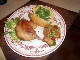 cuisiner cuisse de canard confite recette de cuisses de canard confites avec pommes de terre au four