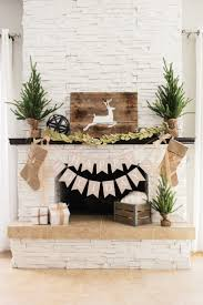 How To Decorate A Log Home Best 25 Christmas Fireplace Ideas On Pinterest Christmas Mantle