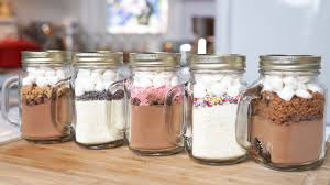 hot chocolate gift 5 hot chocolate in a jar recipes edible gifts