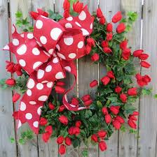 Tulip Wreath 138 Best Tulip Wreaths Images On Pinterest Spring Wreaths Tulip