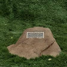 memorial rocks memorial rock w bronze plaque personalized rw cg0501 650 00