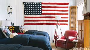Patriotic Decor For Th Of July Red White And Blue Decorating - Red and blue living room decor