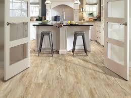 shaw classico plank lvt click lock latte traditional kitchen