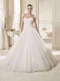 low waist wedding dress line basque waist chapel tulle low scooped neck