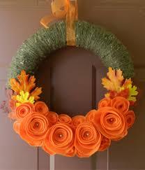 wonderful diy felt flower wreath for