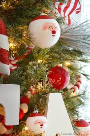 santa pole tree and decorating ideas