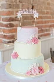 the 25 best shabby chic cupcakes ideas on pinterest shabby chic