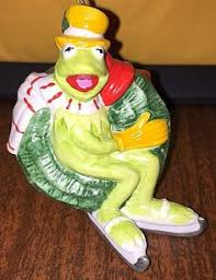 kermit the frog and the great set of 2 ornaments sesame