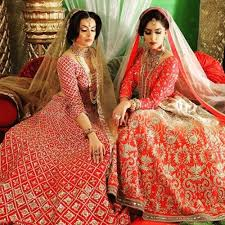 find the best indian wedding dresses for girls who are passionate