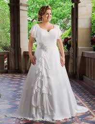 discount 2017 new plus size wedding dresses short sleeve v neck