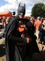 Cincinnati Bengals Halloween Costume Carlos Dunlap Feeds