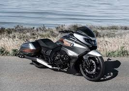 if this really is the 2018 honda gold wing it is one beast