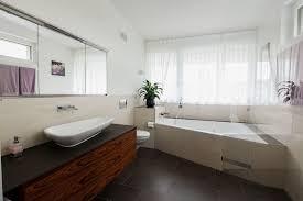 badezimmer mit eckbadewanne grosse ideen für kleine badezimmer ammann ag
