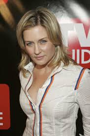 back view of amy carlson hair amy carlson photos photos tv guide celebrates launch of magazine