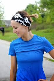 runners with short hair how i wear my short hair to work out or not one little momma